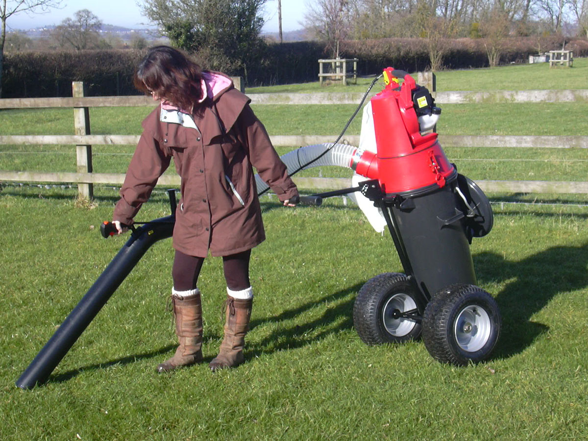 Small paddock vacuums for sale